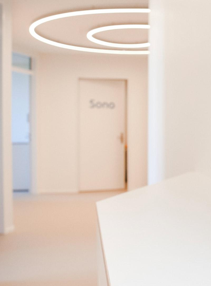 Eingangsbereich der Kinderarztpraxis Minimed in Winterthur